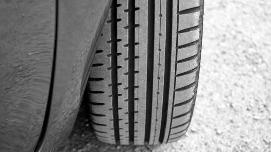 Comment choisir un pneu de voiture ?